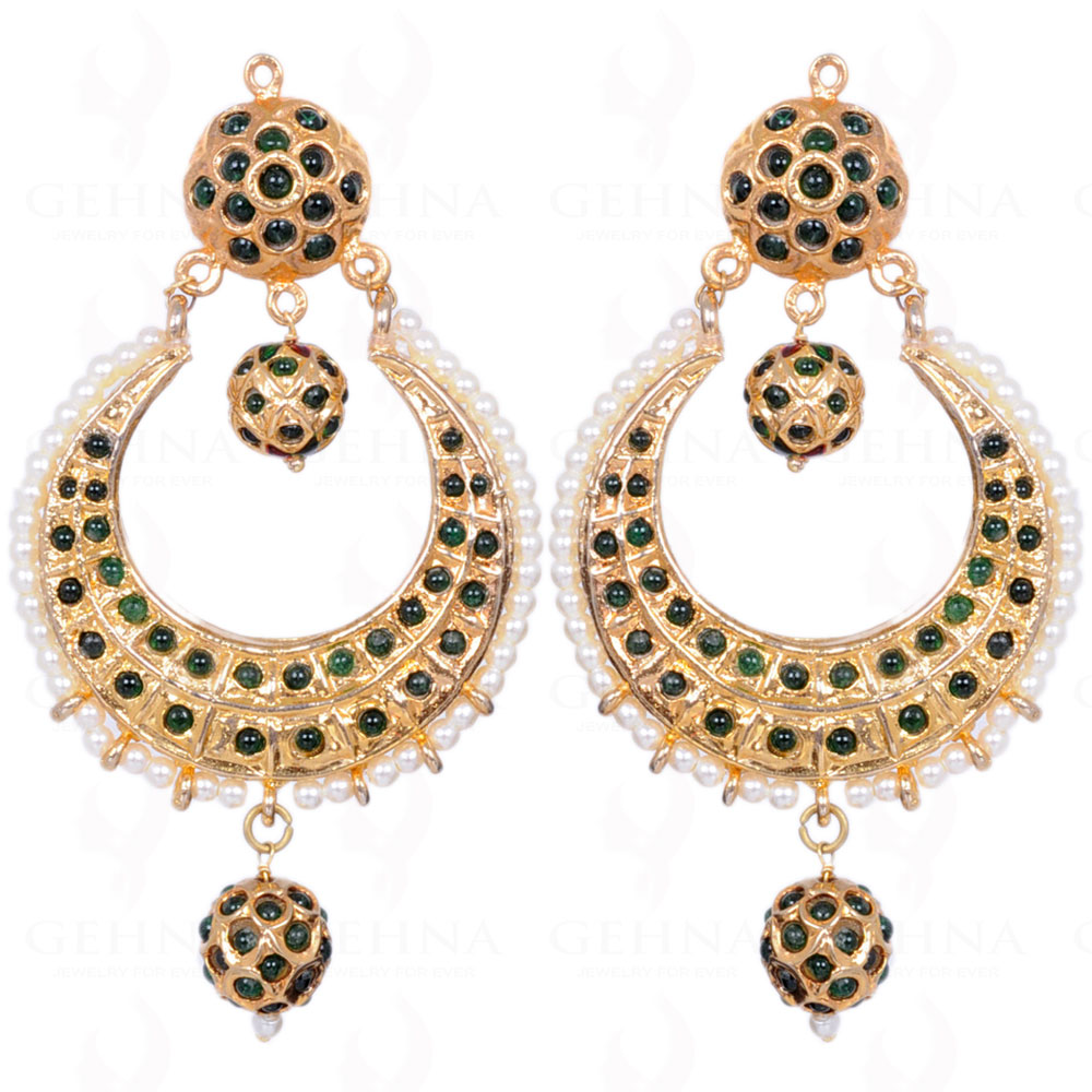 PEARL BEAD WITH EMERALD STONE STUDDED MOON SHAPE EARRINGS LE011104
